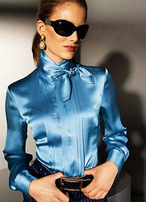 блуза из атласа